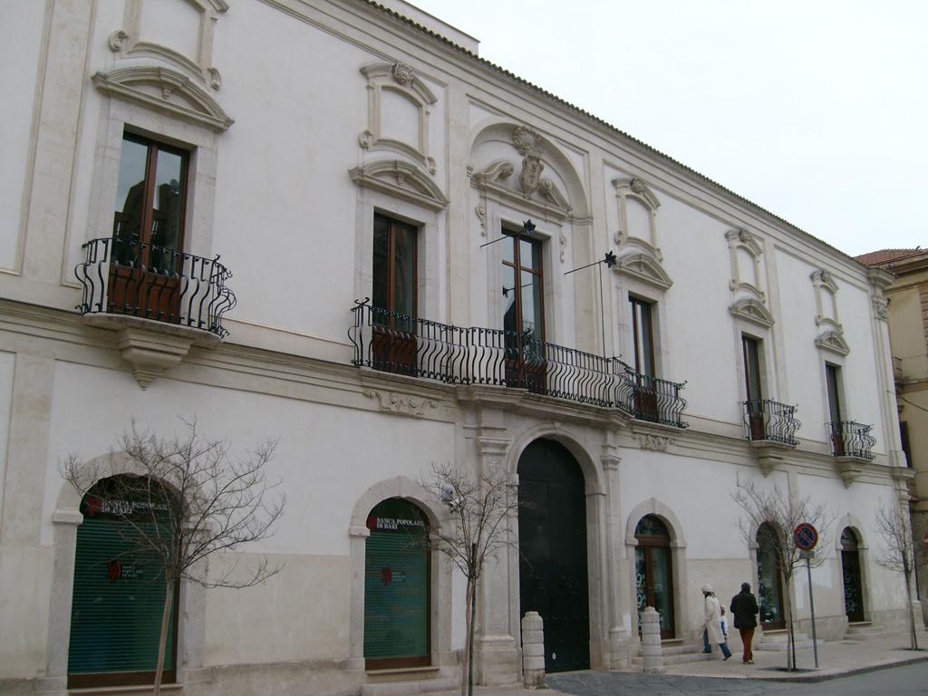 palazzo coccia (1)