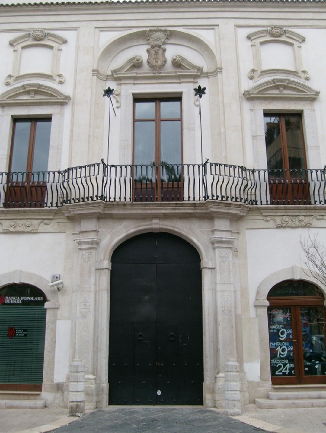 palazzo coccia (4)